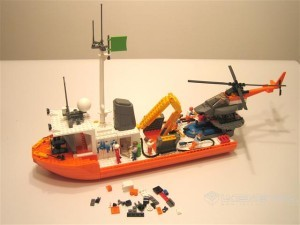 Barco oceanográfico montado